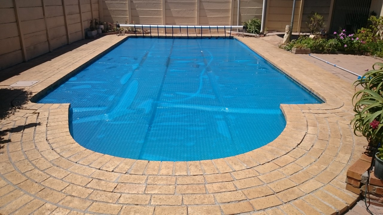Pool Solar Covers 03